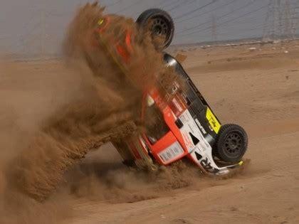 FOTO: Čehu ekipāža pēc avārijas testos būs spiesta izlaist ...