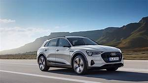 Audi E Tron : 2019 audi e tron review autoevolution ~ Melissatoandfro.com Idées de Décoration