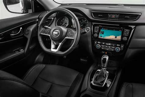 nissan rogue hybrid interior motor trend en espanol