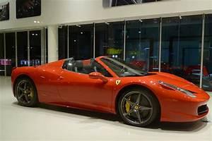 Ferrari Vs Lamborghini : ferrari vs lamborghini difference and comparison diffen ~ Medecine-chirurgie-esthetiques.com Avis de Voitures