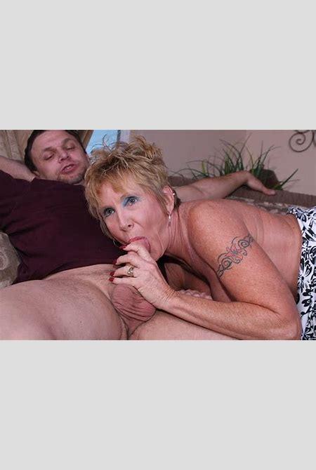 Naughty mature lady getting wild sex pleasure - Pichunter