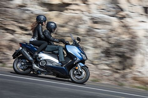 Review Yamaha Tmax Dx by Yamaha Tmax Dx 2017 Road Test Review