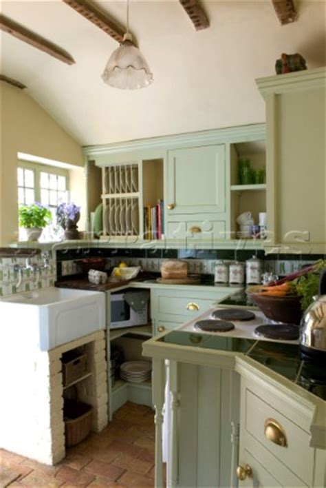 Pe01424 Country Kitchen Set Below Eaves In Pastel Gr