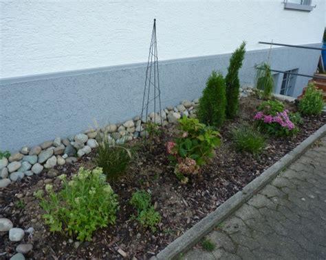Beet Direkt An Hauswand by Beet Halb Unter Balkon Mein Sch 246 Ner Garten Forum