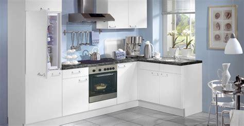 vers blanc cuisine modele de cuisine blanche cuisine photos et ides dco de