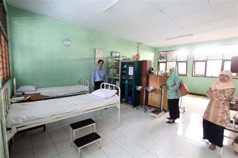 profil usaha kesehatan sekolah uks sman  depok portal