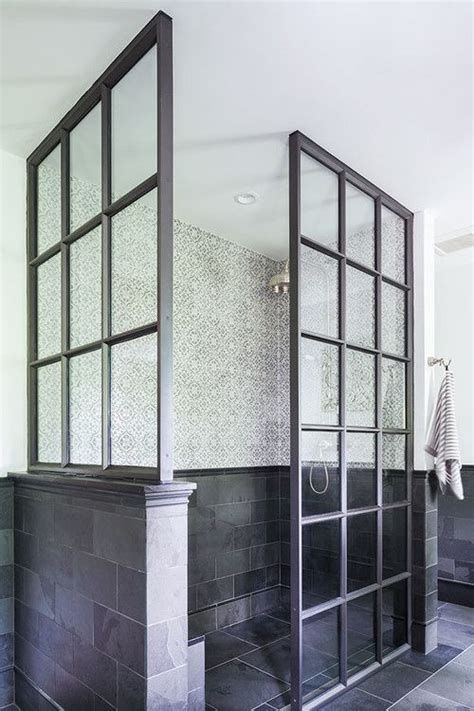 tudor zero and showers on