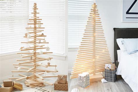sapin de noel en bois le sapin de no 235 l en bois 233 pur 233 naturel 233 colo et