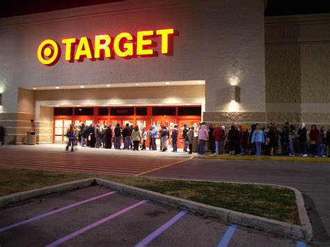 what is best stores on black friday get christmas decrerctions which stores open early on thanksgiving day beat black friday siliconangle