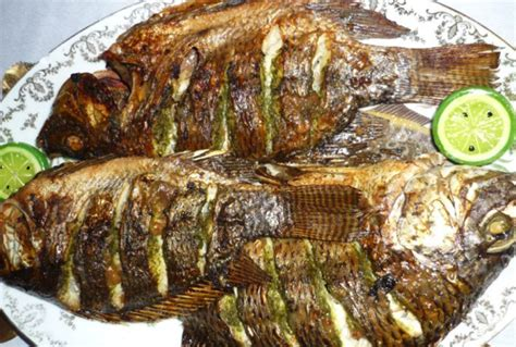 cuisiner les crevettes cameroun le poisson braisé ce mets qui fait l unanimité