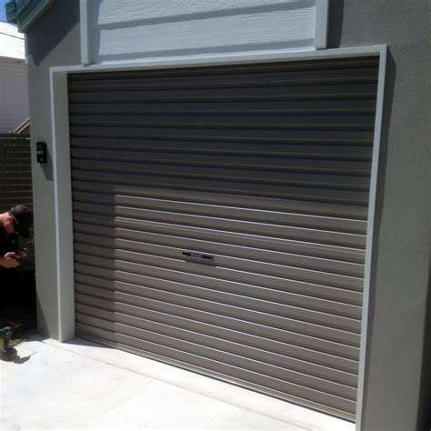 Timer Garage Brisbane by Garage Doors Brisbane Aluminum Fencing And Privacy Solutions