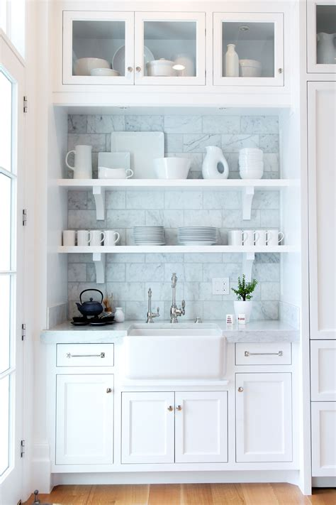 shelves above kitchen cabinets kitchens benjamin blackwelder cabinetry 5181