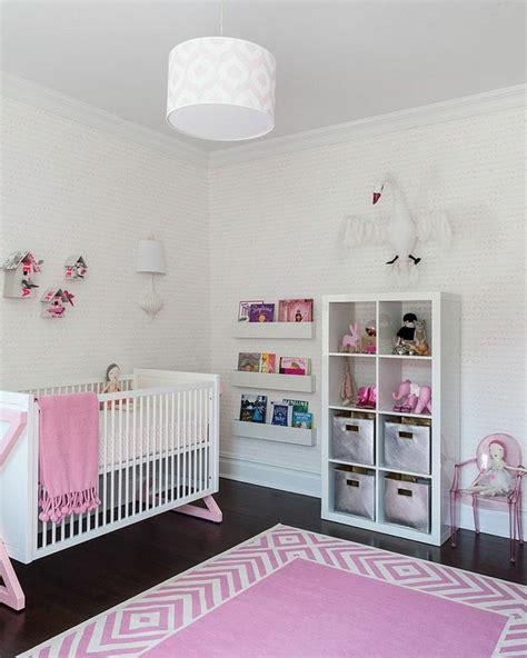 papier peint chambre b b fille chambre bébé fille en gris et 27 belles idées à