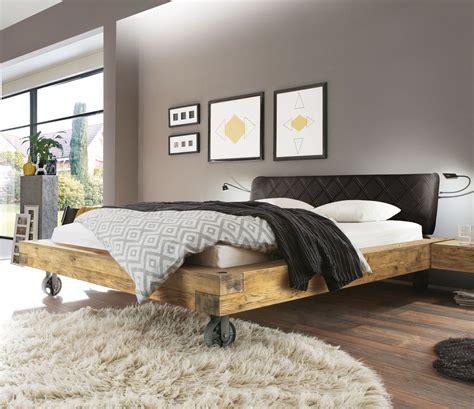 Bett Industrial Style by Echtholz Bett Aus Wildeiche Balkenoptik Industrial Style