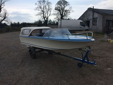 Speed Boats For Sale Uk by Broom Scorpio Classic Speed Boat With Original Sliding