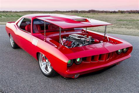 This Showwinning 'cuda Was Built For Pennies On The