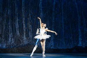 Review: Boston Ballet's 'Nutcracker' Makes for Holiday ...