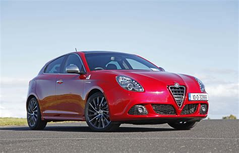2014 Alfa Romeo by 2014 Alfa Romeo Giulia Sedan Pictures