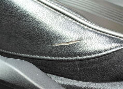 réparer un canapé en cuir déchiré comment reparer le cuir dechire