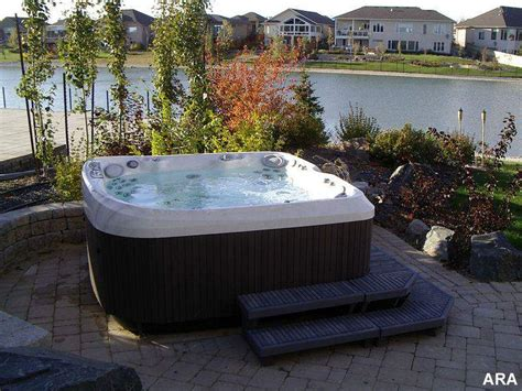 Backyard With Tub by Backyard Landscaping Changes Blah To Aha With Tubs