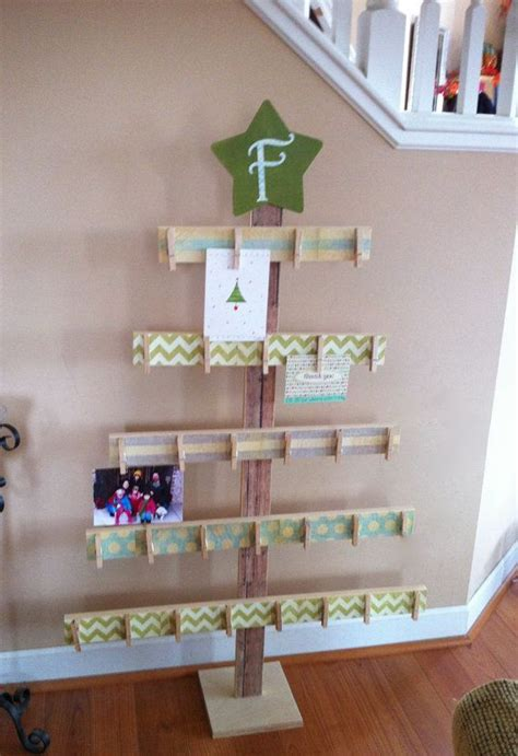 how to dismantle a christmas tree best 25 pallet tree ideas on pallet tree tree base and burlap