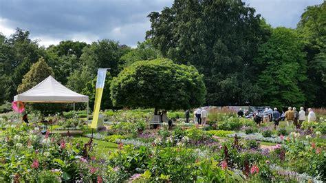 Botanischer Garten Augsburg Programm 2017 by Juni 2018 Sommerfest F 246 Rderkreis Botanischer Garten G 252 Tersloh