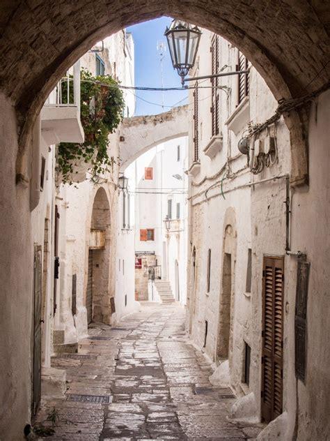 photo guide  ostuni puglias white city