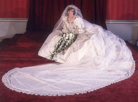 epic story  princess dianas wedding dress  months