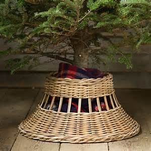 fun new ideas to hold your tree