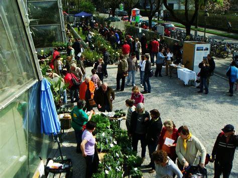 Pilze Botanischer Garten by Pilze Im Botanischen Garten Graz Beim Rarit 228 Ten Markt