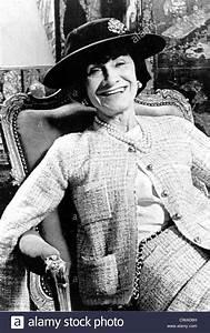 Coco Chanel Bilder : coco chanel designer stockfotos coco chanel designer bilder alamy ~ Cokemachineaccidents.com Haus und Dekorationen