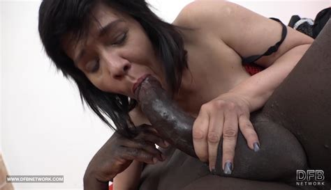 Granny Squirting And Fucking Big Black Cock Blowjob On