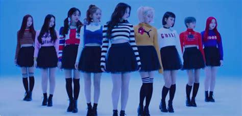 Nancy, Yeonwoo, Jane, Nayun