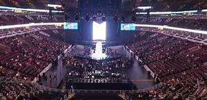 United Center Seating Chart Bts United Center Section 209 Row 7 Seat 5 Bts Tour Love