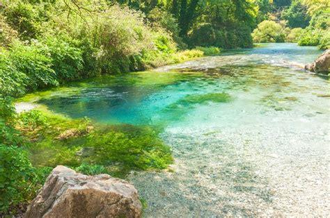 Syri I Kalter - Das Blaue Auge in Albanien   Urlaubsguru