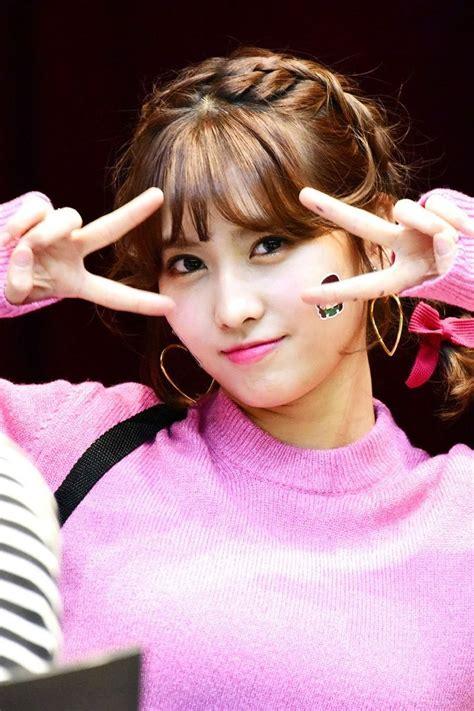 momo twicetagram fansign atmokdong hirai momo short hair styles
