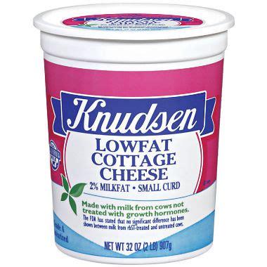 knudsen cottage cheese knudsen low cottage cheese 2 lbs sam s club