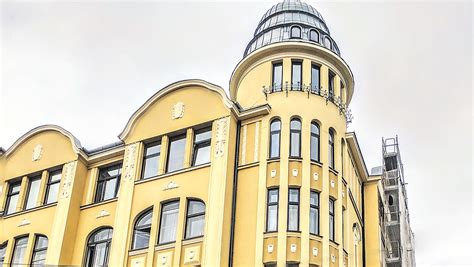Skolas iela 38 - Berga Fasādes - Fasāžu Restaurācija Rīgā