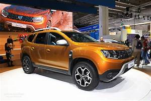 Dacia Duster 2018 : 2018 dacia duster commercial will make you sing along too autoevolution ~ Medecine-chirurgie-esthetiques.com Avis de Voitures