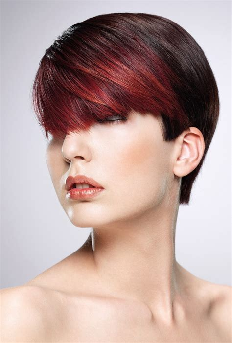 short hairstyle   versatile fringe  clear cutting lines