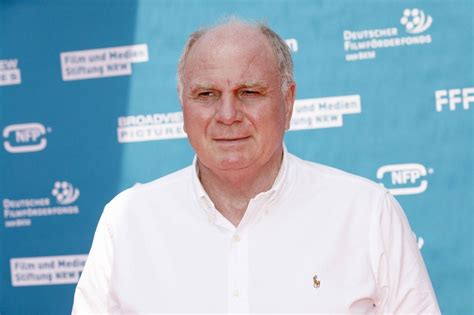 To do it in such spectacular fashion and with so long left before the end of the season represents a very special performance from our team. Uli Hoeneß bei der Premiere des Kinofilms Kroos im Cinedom ...