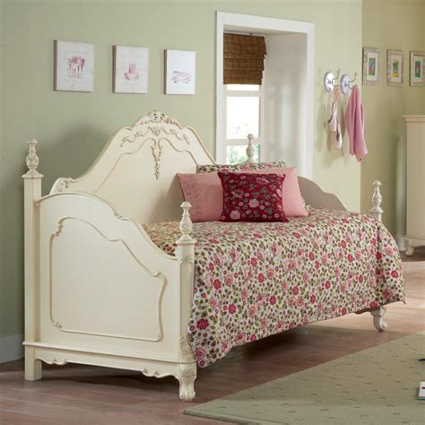 Joss And Rochelle Headboard by 18 Photos For Ella Dining Room Ella Upholstered Bed