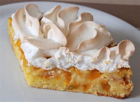 cuisine meringue tarte gâteau meringué e aux petites prunes jaunes blogs de cuisine