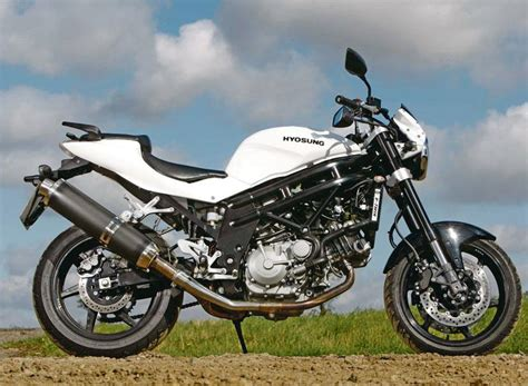 hyosung gt650 comet 2004 on review mcn - Hyosung 650 Gt
