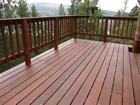 Deck Railing Pictures Ideas by Wood Deck Railing Options Carpenters Networx