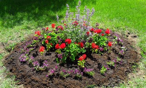how to build a flower bed corner