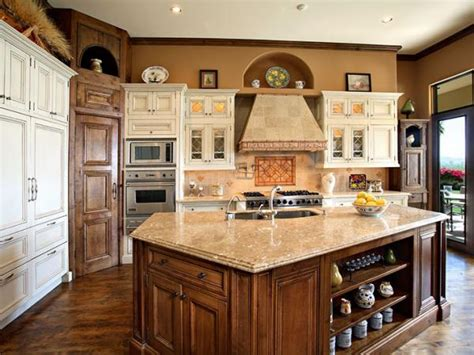 Luxury Kitchen Design And Renovations In Scottsdale, Az. Contemporary Living Room. Modern King Bed. Ipe Fence. Architects Near Me. Cozy Sectional. Teal Door. Cool Dining Room Tables. Outdoor Patio Ideas