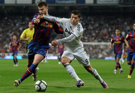 barcelonas gerard pique real madrid     play