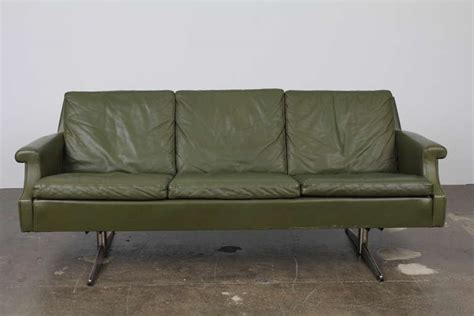 Mid Century Modern Sofa Legs by Mid Century Modern Leather Sofa With Metal Legs For Sale