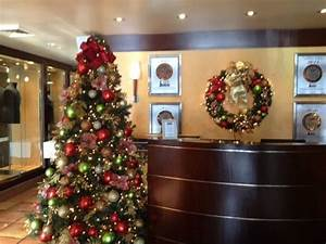 Office reception area | Holiday Decorations | Pinterest